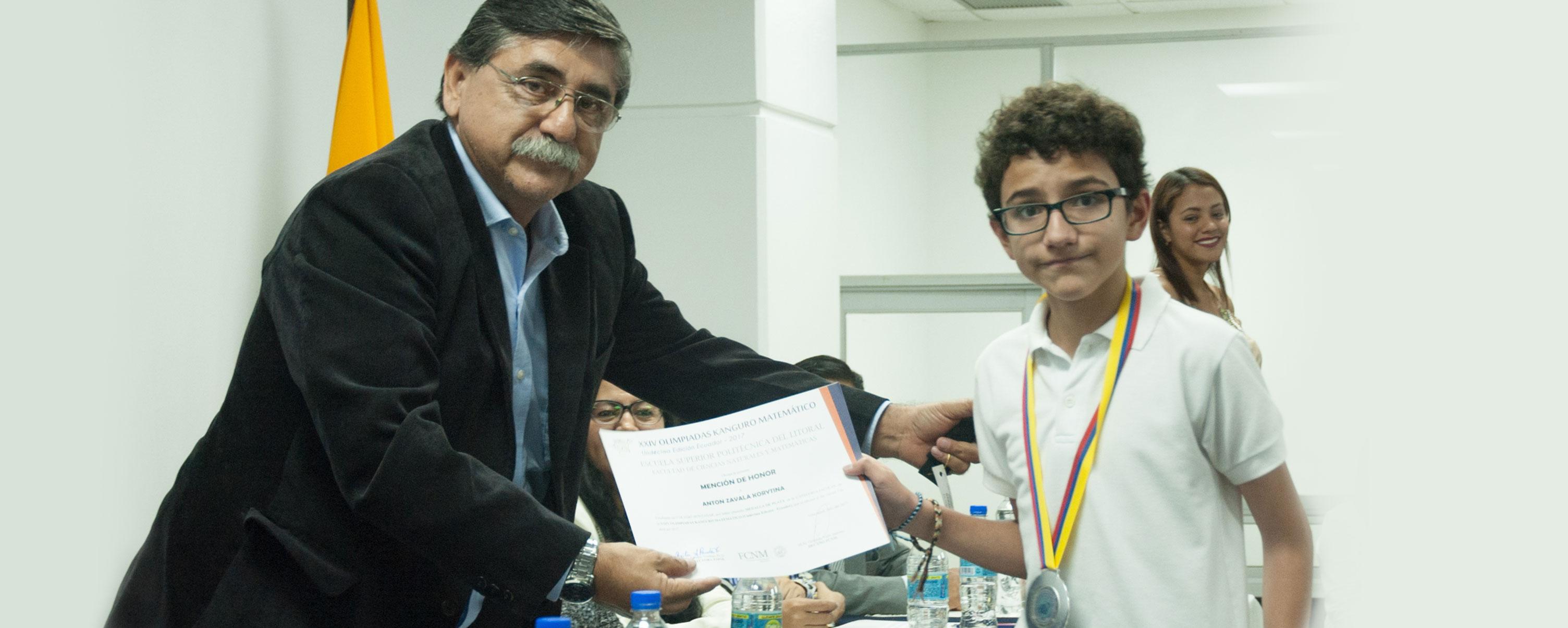 ESPOL premia el talento matemático