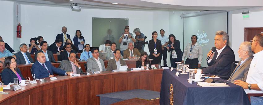En la ESPOL, los candidatos presidenciales se reúnen con representantes del Sistema de Educación Superior