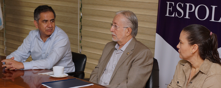 Secretario de Educación Superior visita la ESPOL