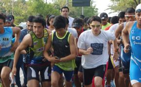 Triatletas compiten en la ESPOL para fomentar el deporte