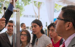 Feria de ciencias presentó proyectos de física, química y matemáticas