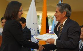 Rectora de la ESPOL recibe reconocimiento de la Universidad de Guayaquil